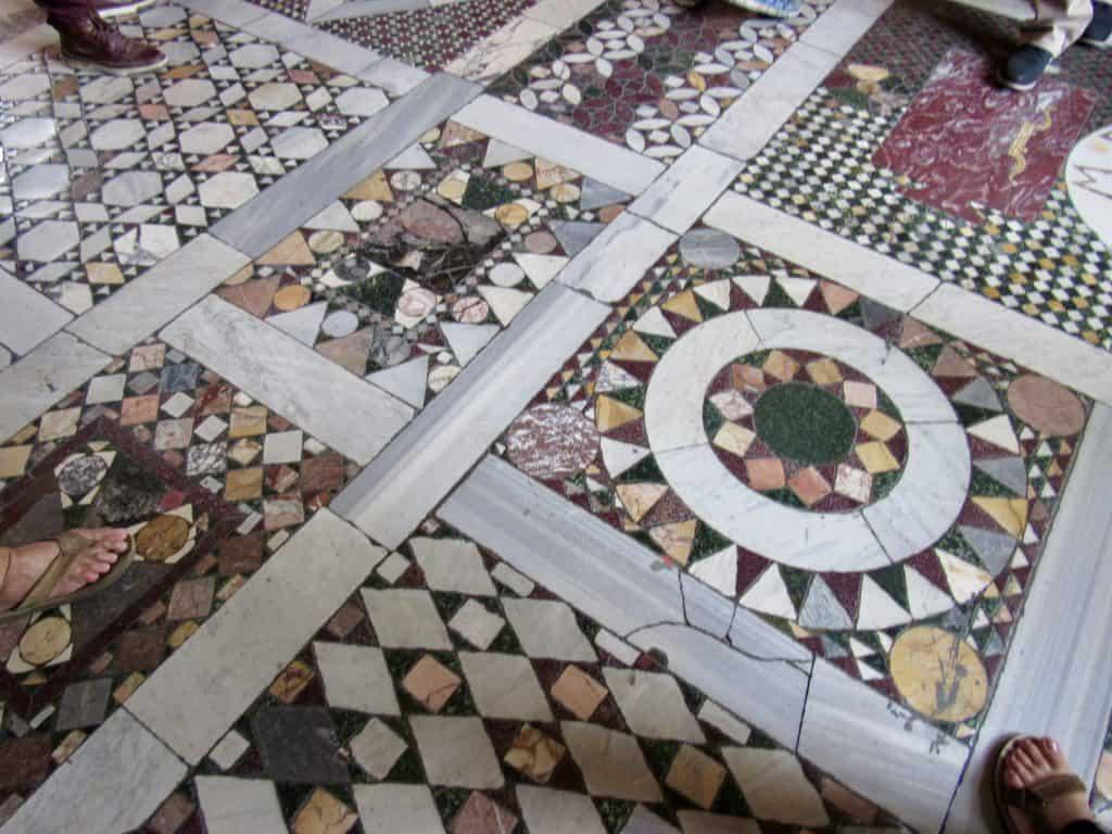 Raffaele room floor