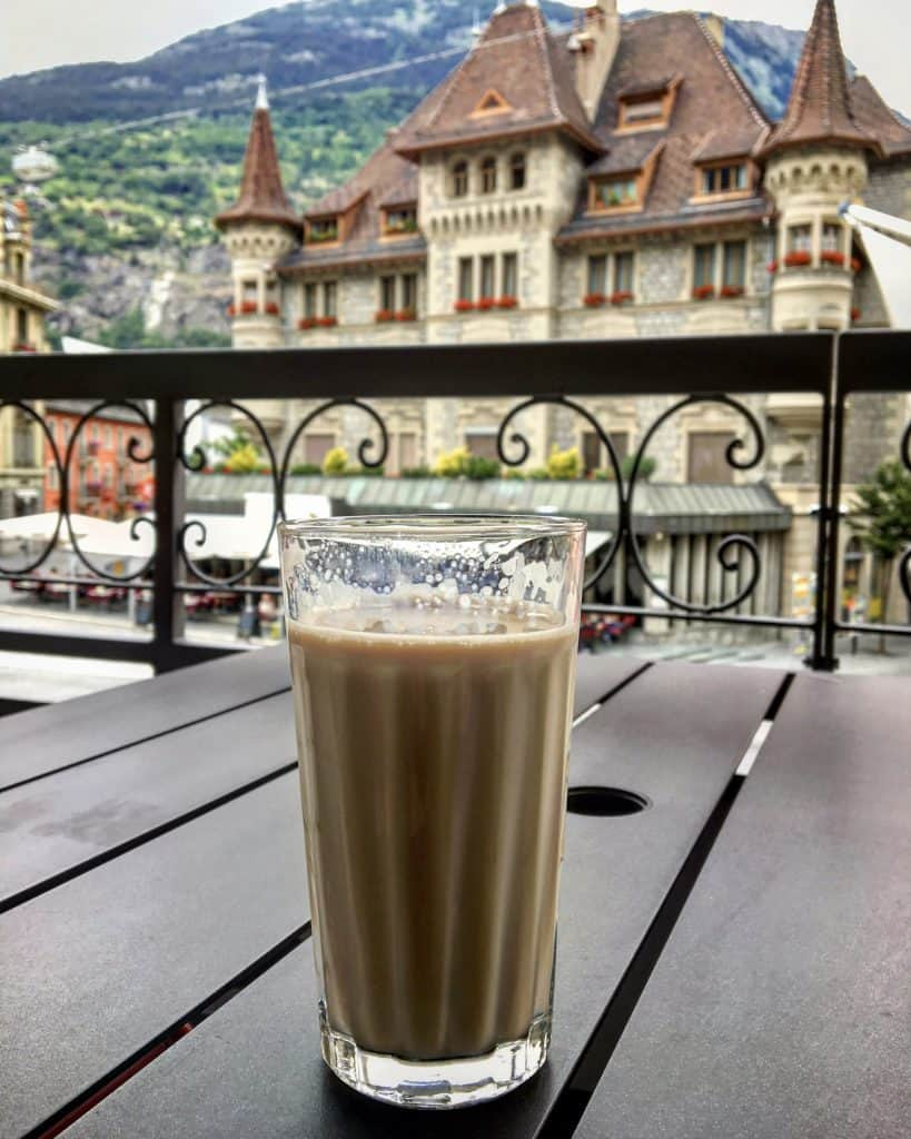 Coffee at Hotel Londres in Brig