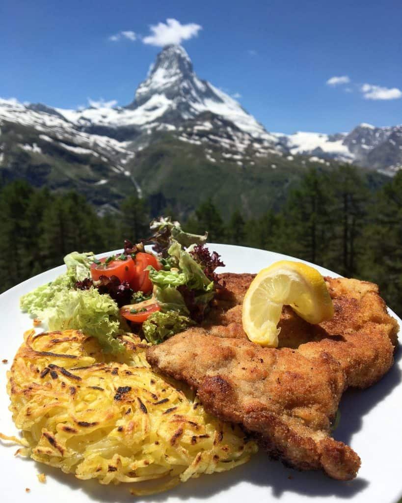 Wienerschnitzel in front of the Matterhorn