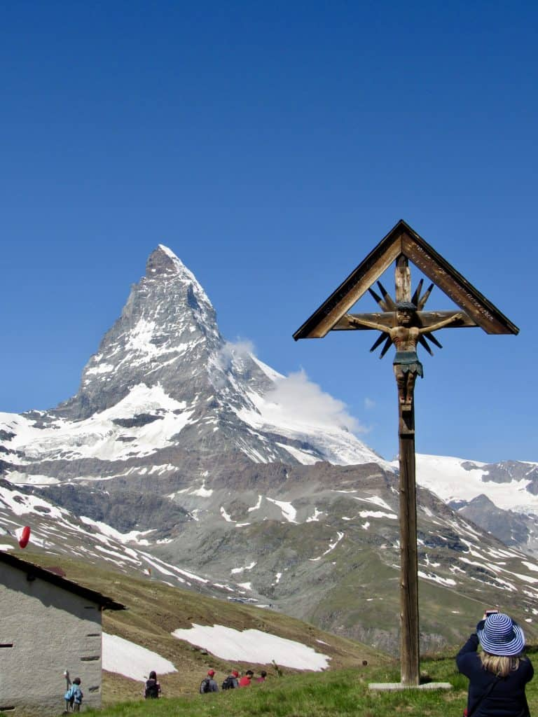 Cross and the Matterhorn