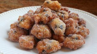 Traditional Italian Rice Fritters/Doughnuts for St. Joseph's Day (Frittelle di Riso di San Giuseppe)
