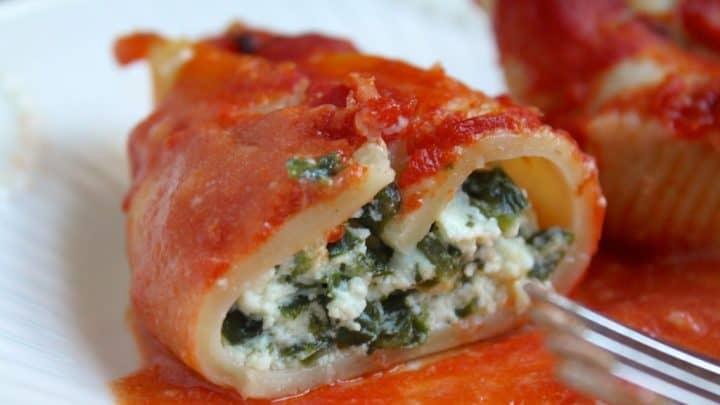 Ricotta and Spinach Stuffed Pasta Shells