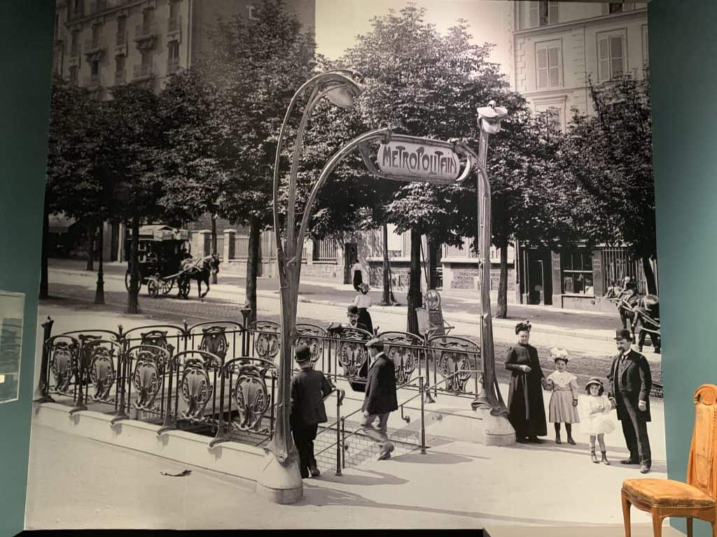 Paris 1900 exhibit Frist