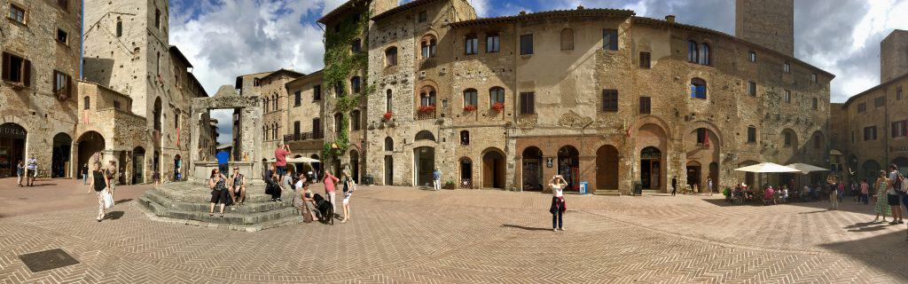 panoramic view of San Gimignano, Italy