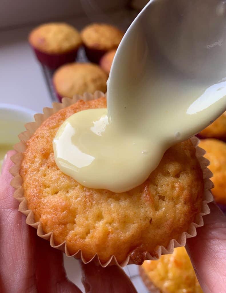 Icing kumquat cupcakes