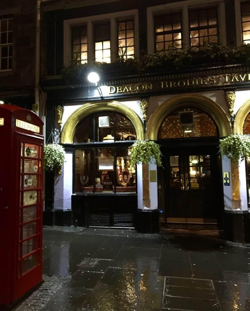 Deacon Brodie's Tavern Edinburgh Pub