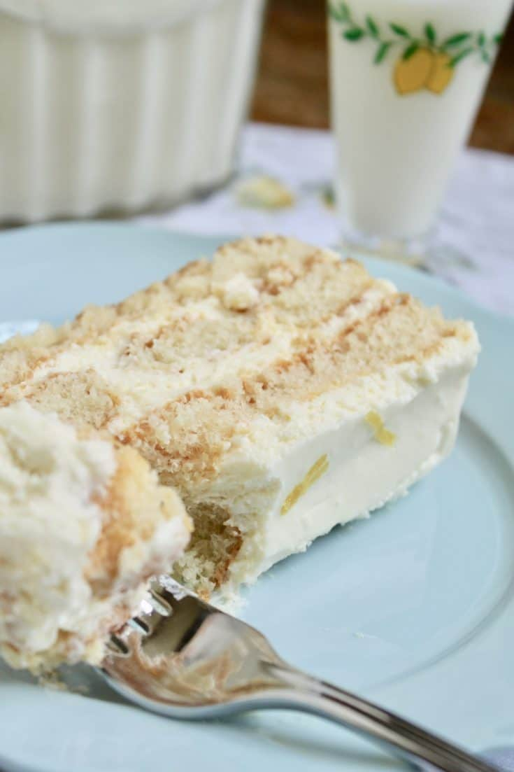 A lemony twist on a classic Italian tiramisù that requires no cooking or baking and freezes perfectly!