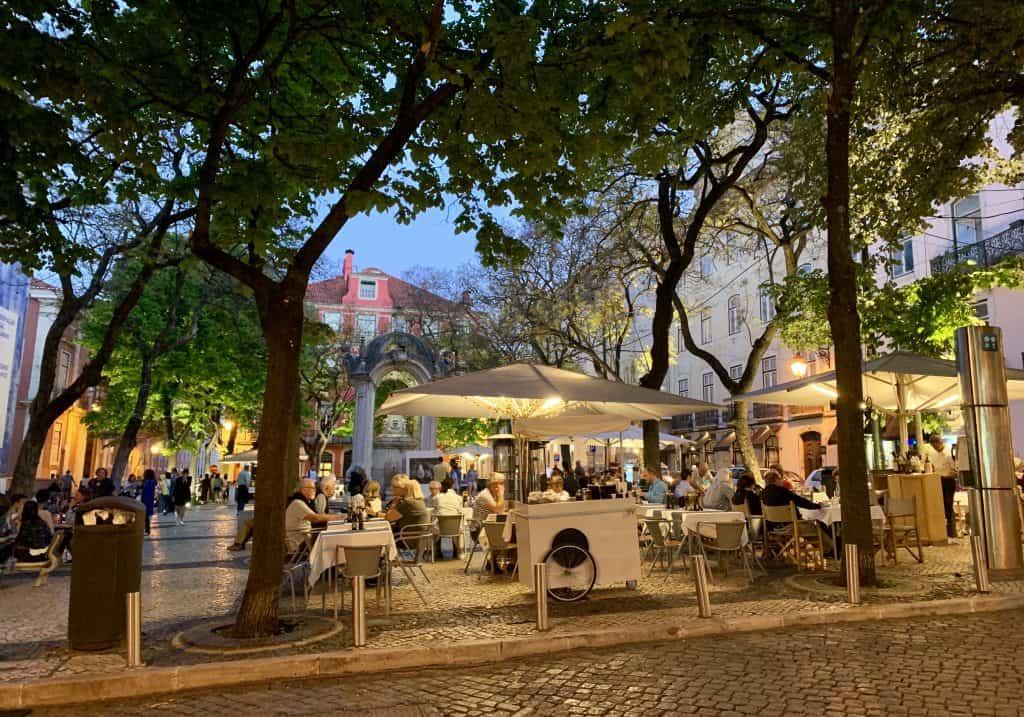 night scene Lisbon