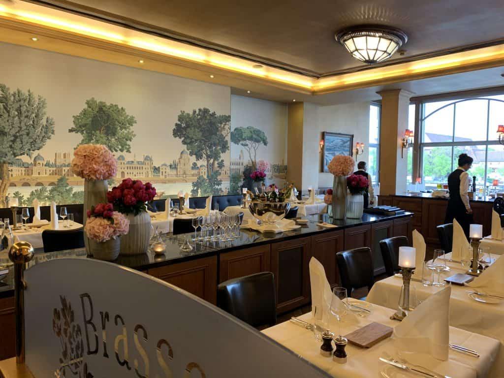 Brasserie Les Trois Rois luxury hotel in Basel