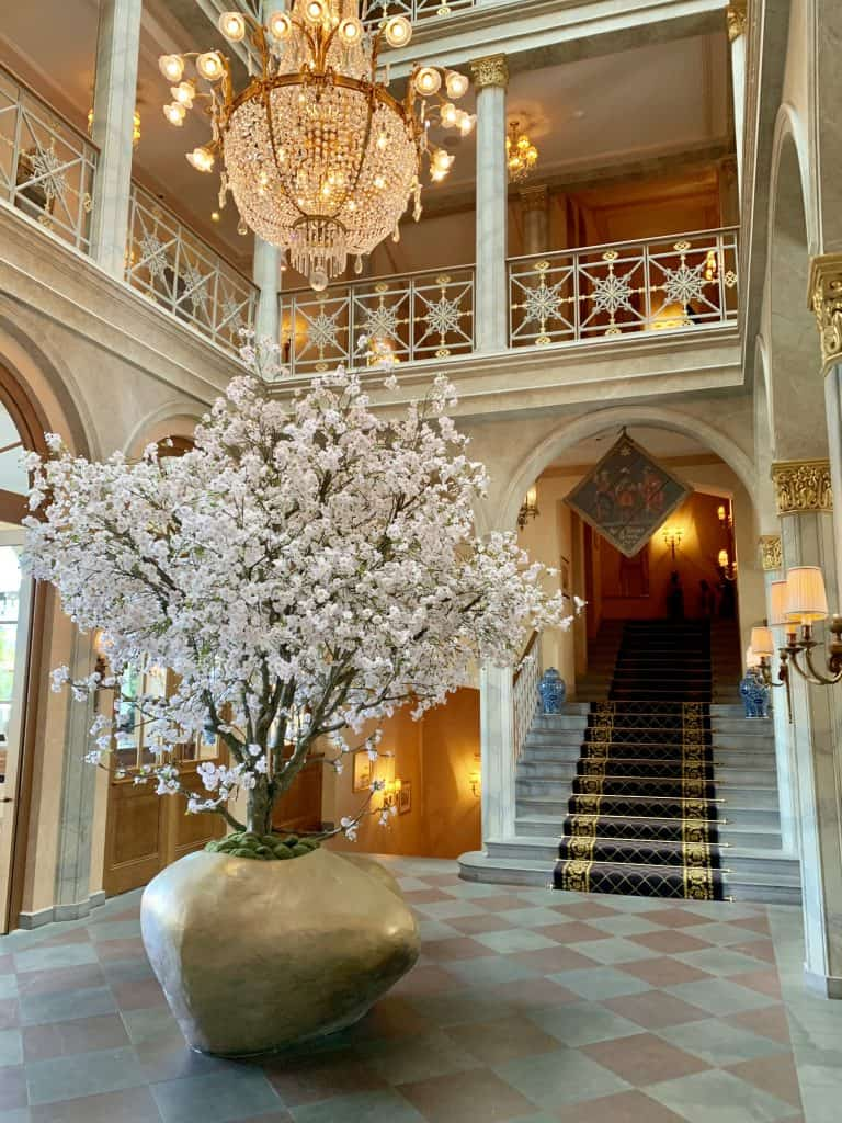 Hotel Les Trois Rois luxury hotel in Basel