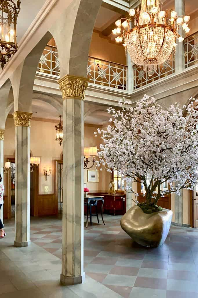 grand hotel les trois rois luxury hotel in Basel