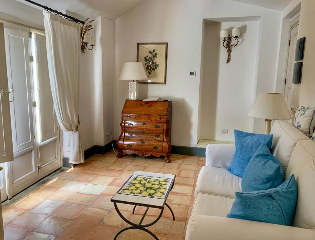 suite at Palazzo Belmonte