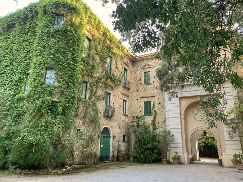 Palazzo Belmonte walls