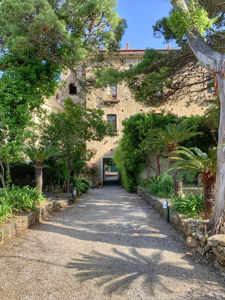 Palazzo Belmonte gardens