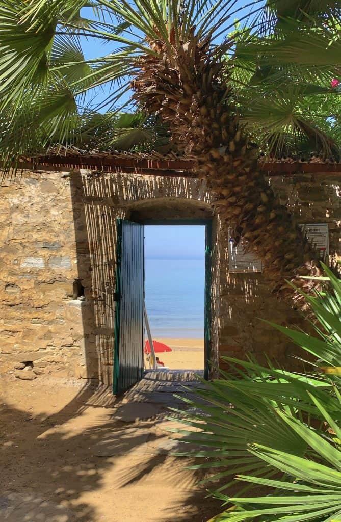 palazzo belmonte beach