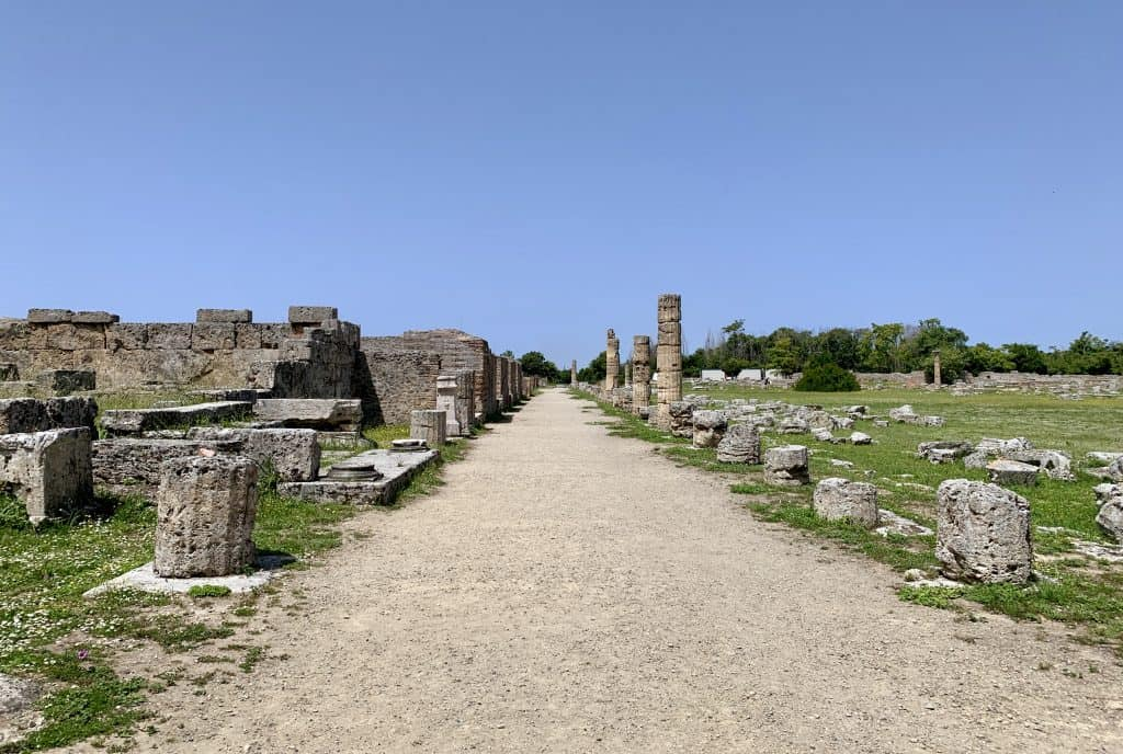 old road in Paestum