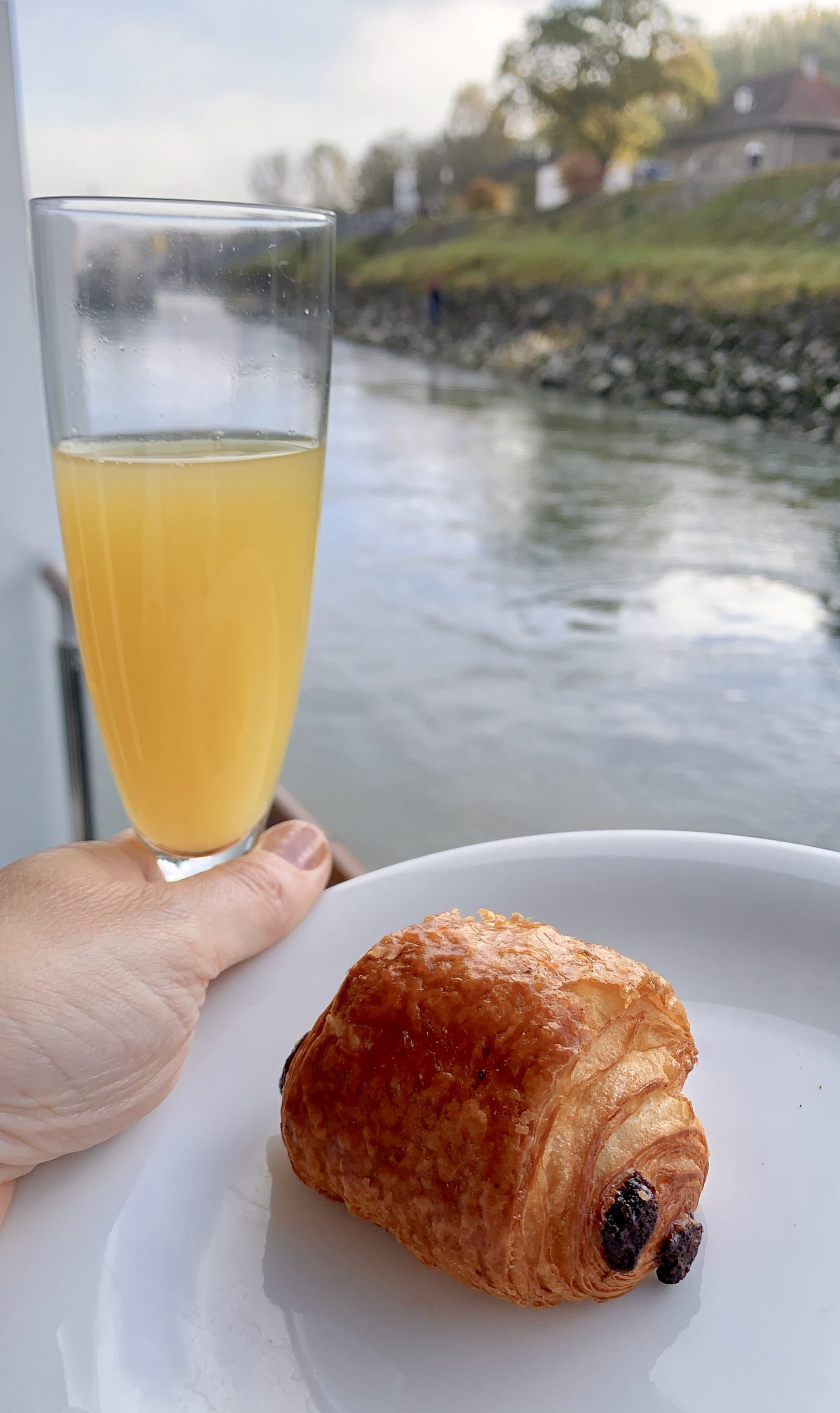 breakfast on the AmaMagna when visiting Weissenkirchen