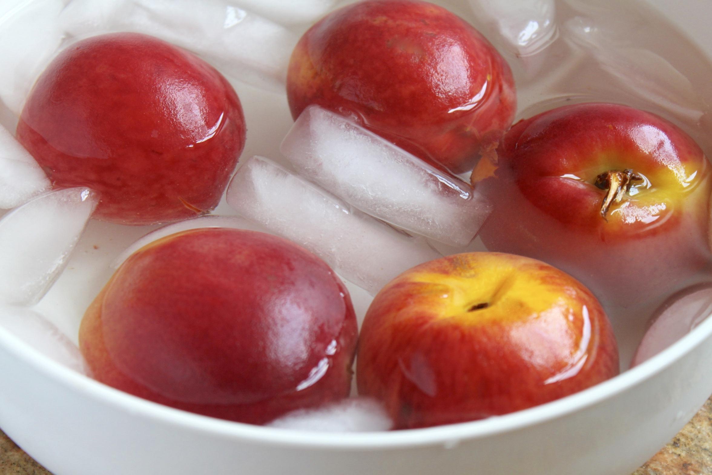 peaches in ice bath