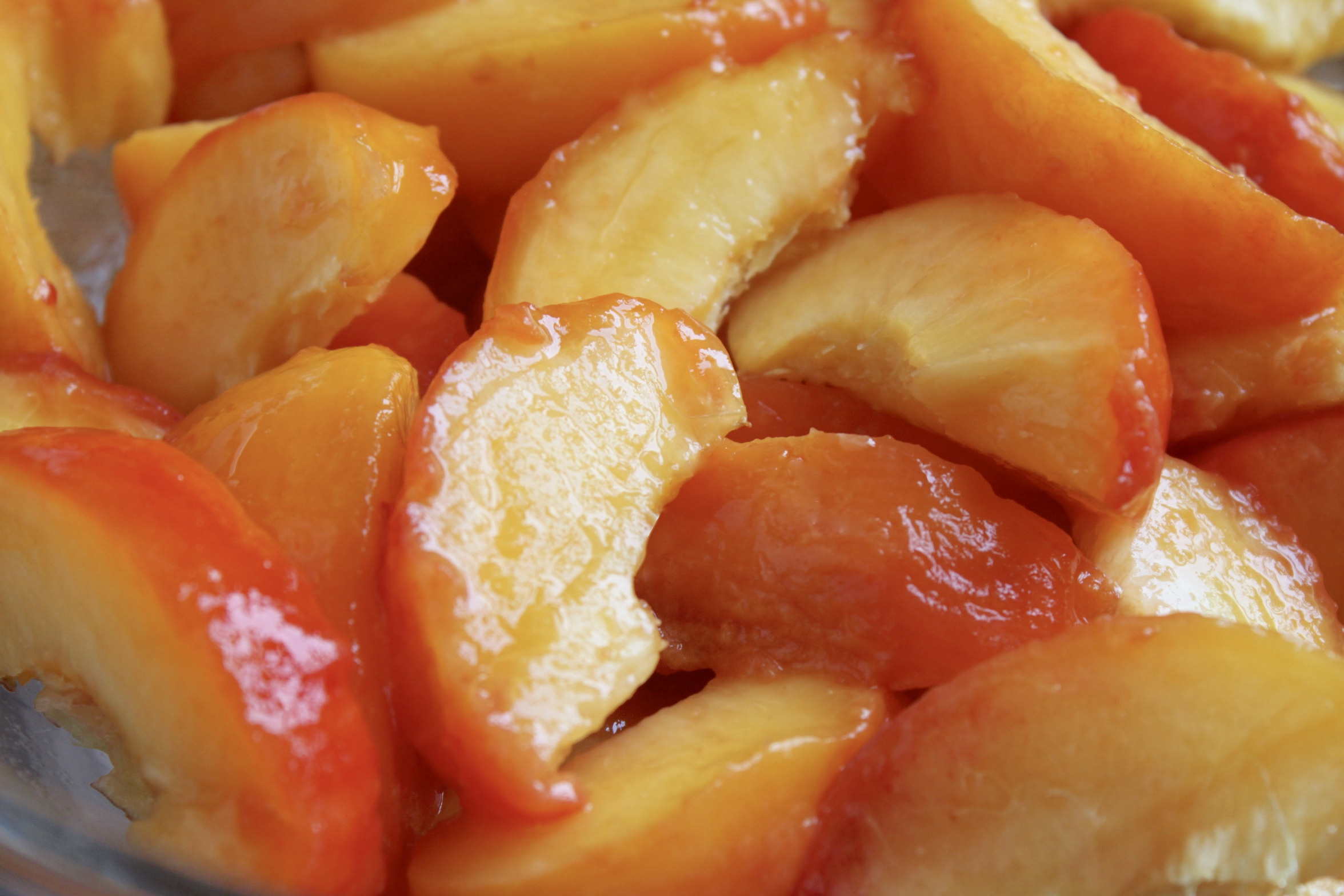 sliced, peeled peaches