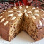 Dundee Cake (Scottish Cake with Almonds on Top)