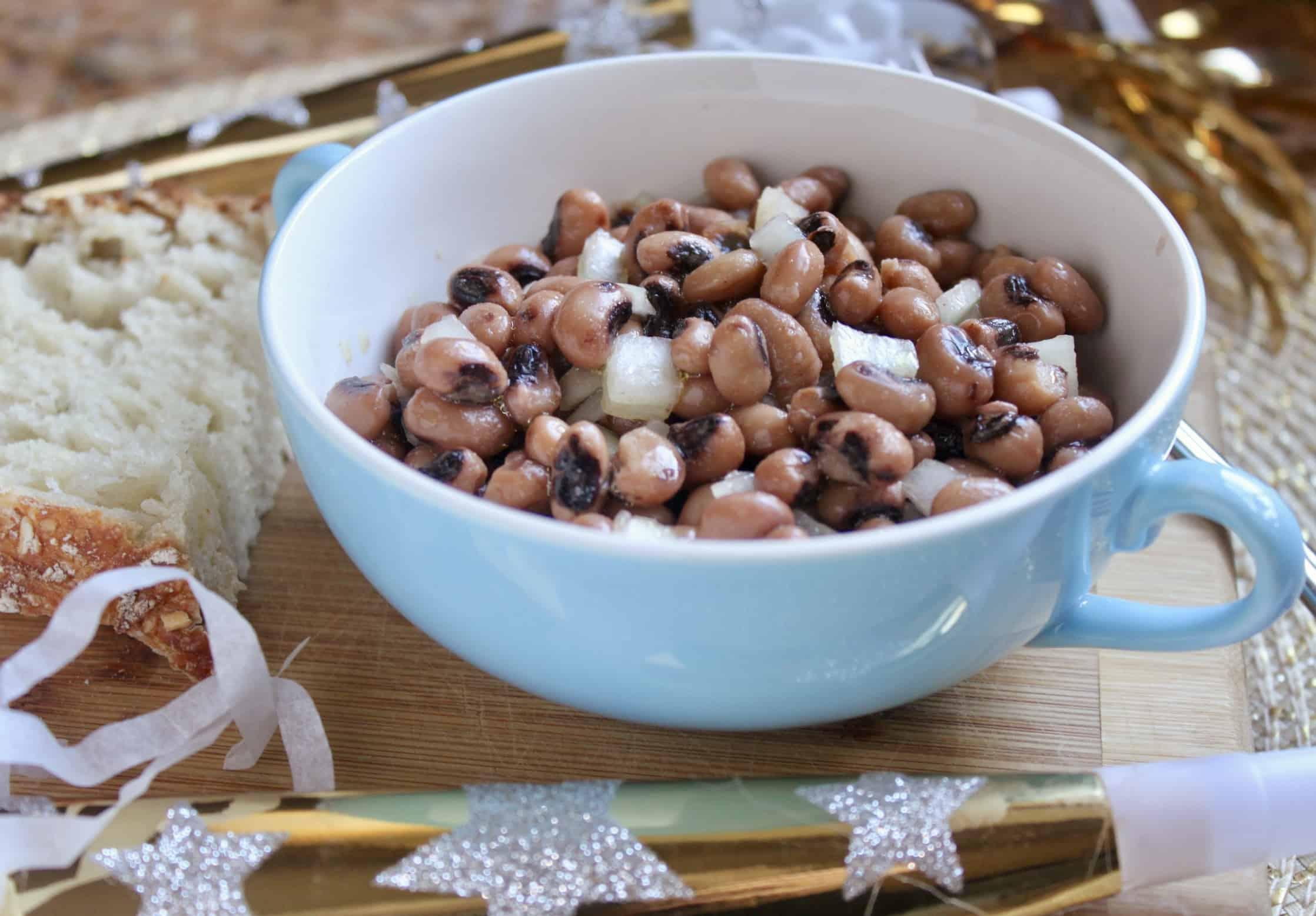 black eyed peas recipe in a bowl