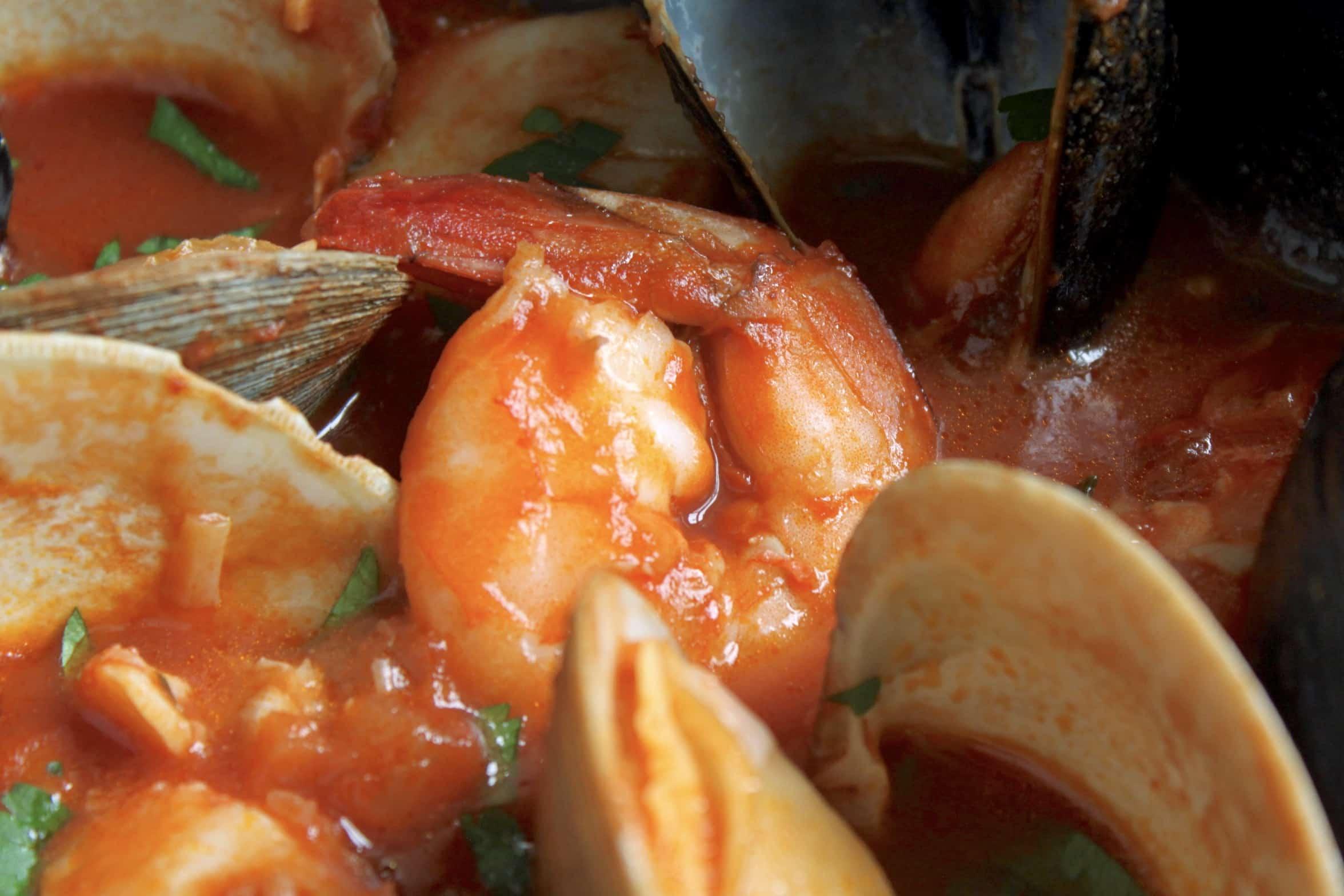 shrimp in cioppino