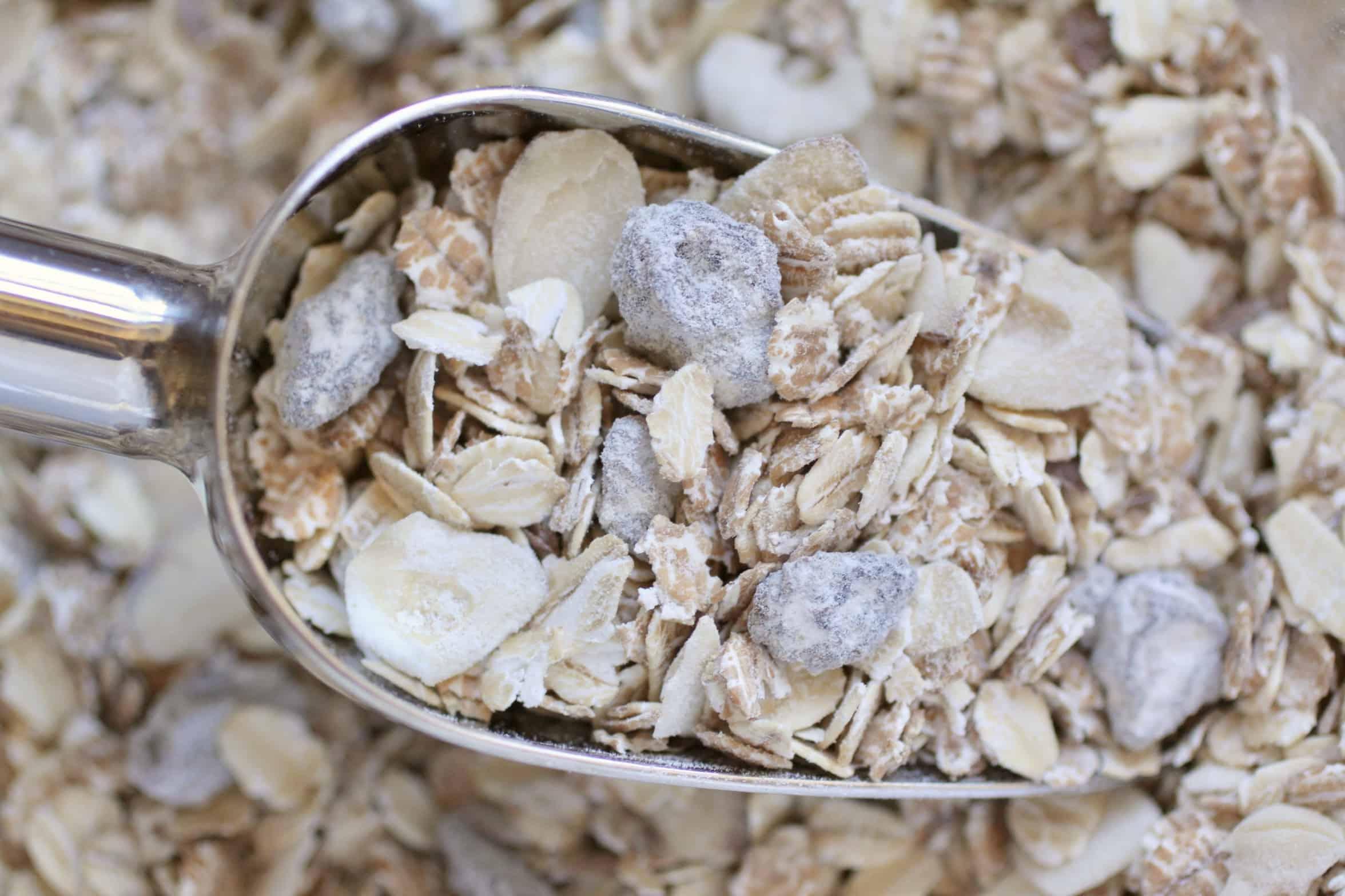 scoop of muesli
