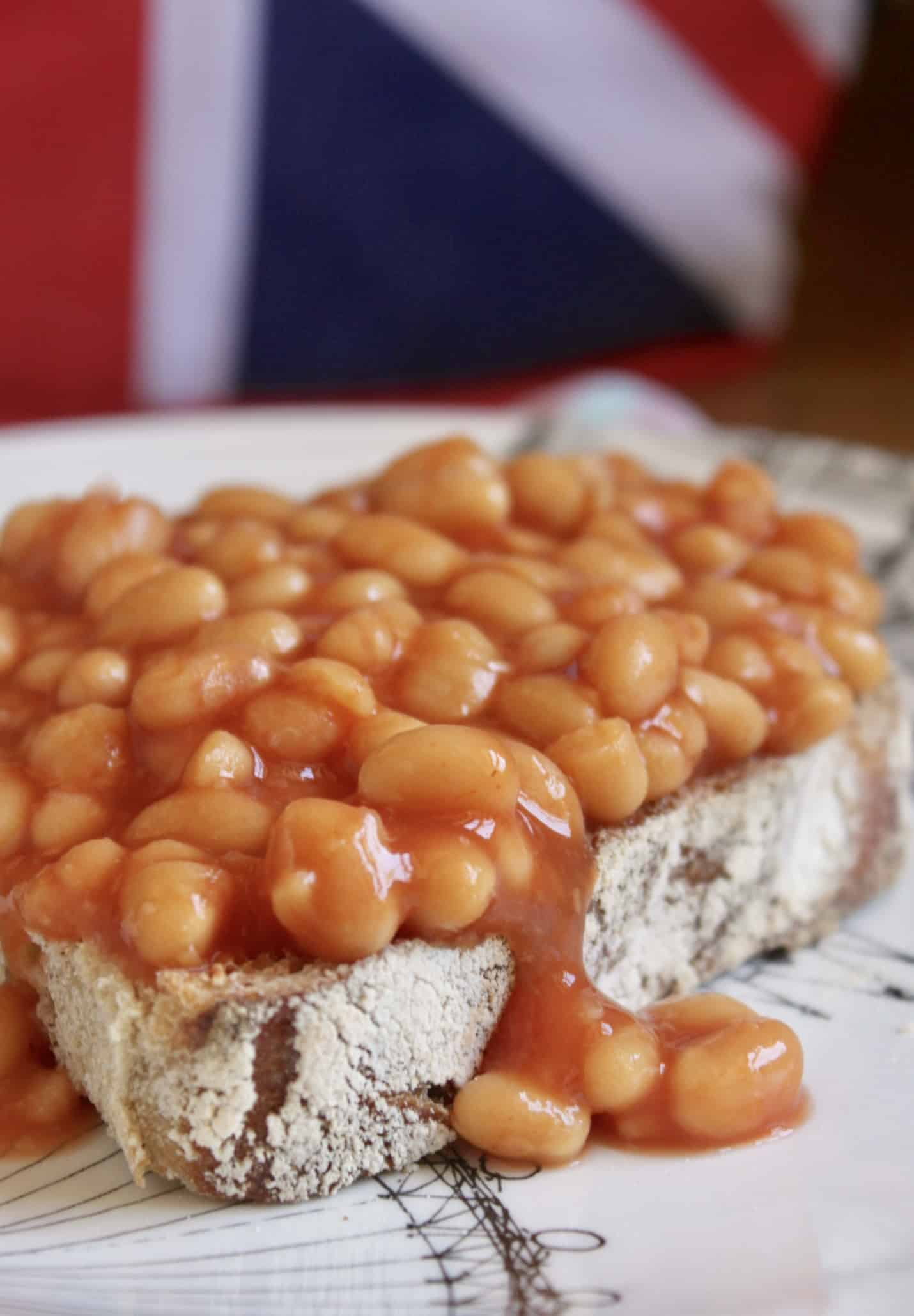 beans on a slice of toast