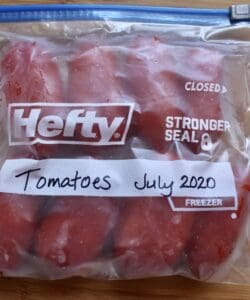 How to freeze tomatoes in a freezer bag