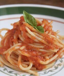 plated spaghetti with fresh tomato sauce