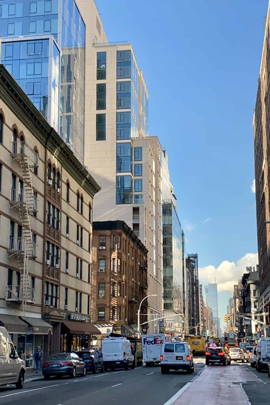 Upper East Side hotel and buildings